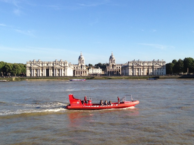 thames cruiser boat in front of Greenwich Maritime Institute